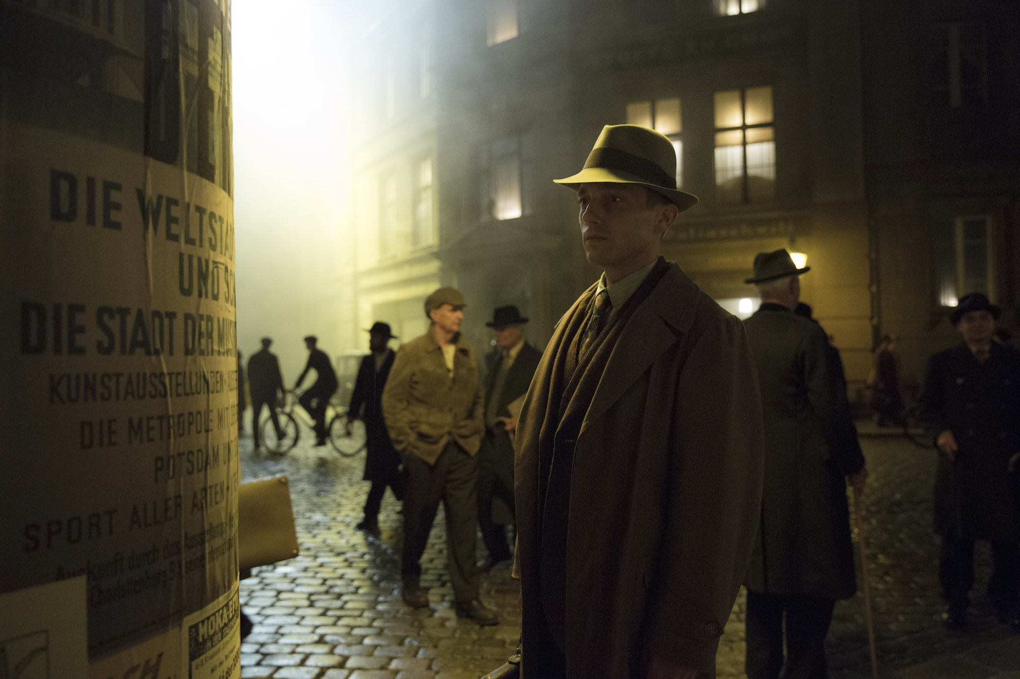 Volker Bruch as Gereon Rath in Babylon Berlin