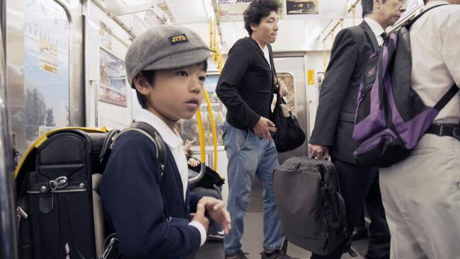 Six-year-old Michi travels alone across Tokyo to school