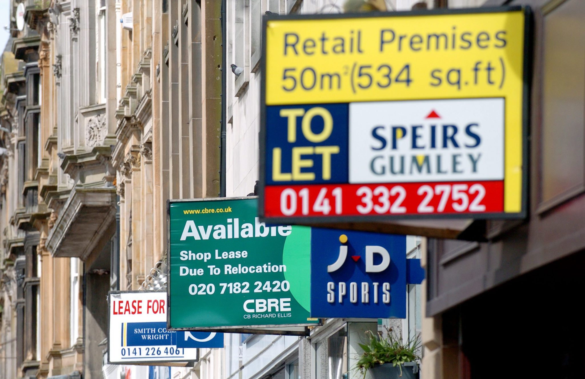 Scotland's highest-ever level of high street insolvencies were recorded in the first quarterof 2019 as 28 stores failed